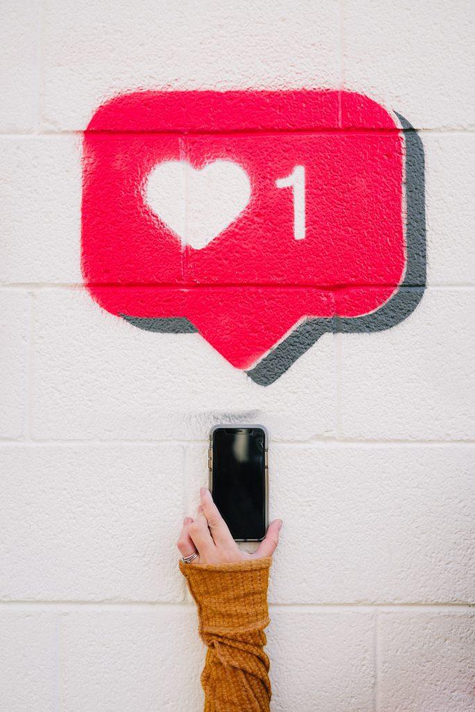 like on social media symbol